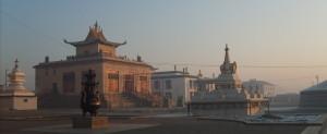 Chrámy v areálu kláštera Gandantegchinlen.